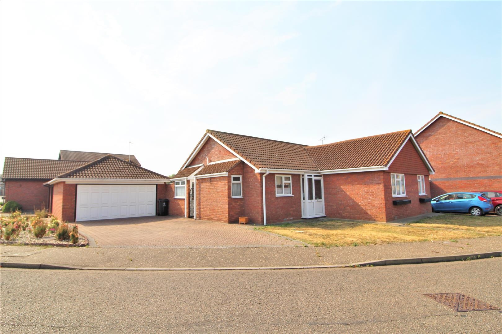 Meadowcroft Way, Frietuna, Essex, CO13 0TF